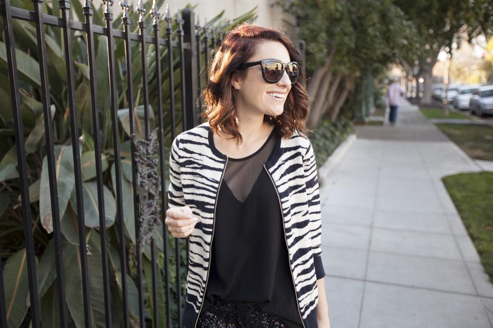 alicia-lund-ann-taylor-zebra-sweater-01