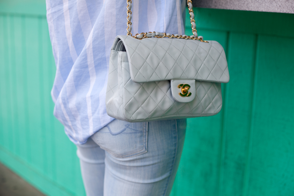 vintage-chanel-quilted-light-blue-purse