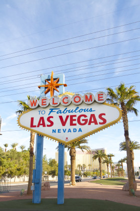 welcome-to-las-vegas-sign-000