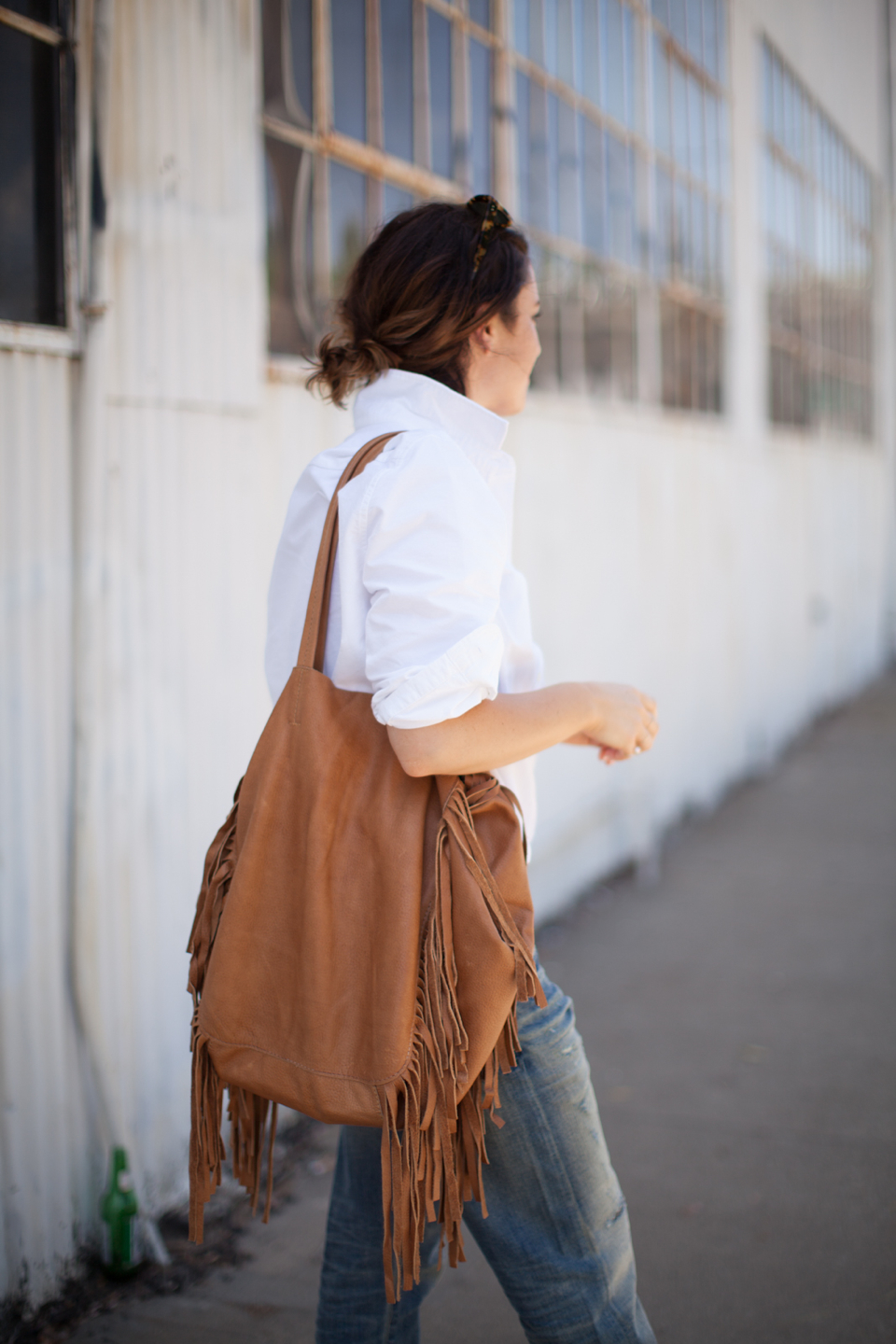 cleobella-fringe-brown-bag-01