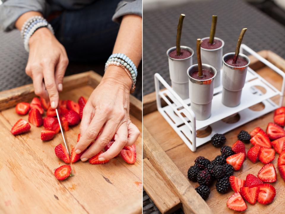 berry-green-juice-liquidology-popsicles-02