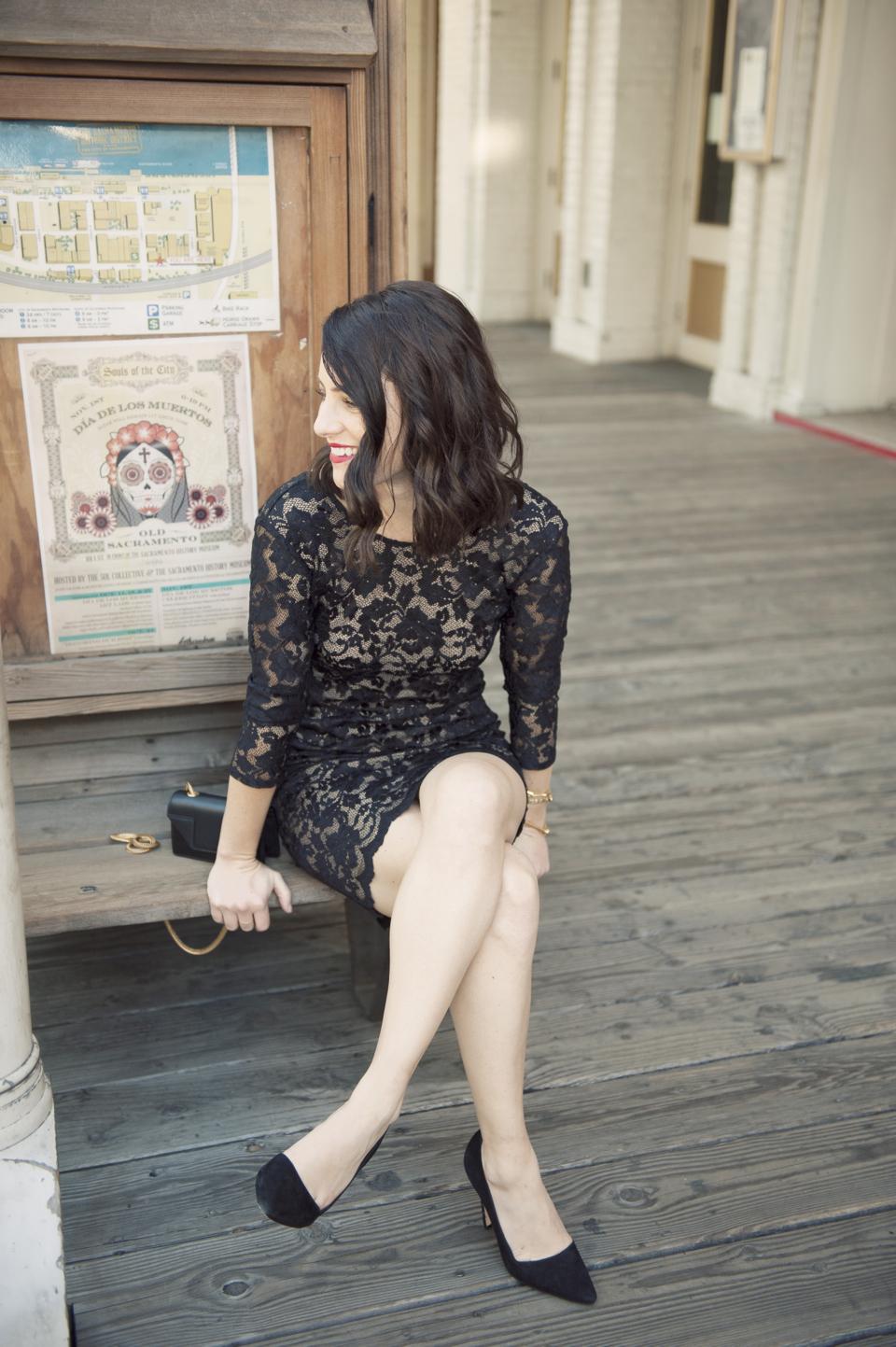 rory-beca-black-lace-dress-01