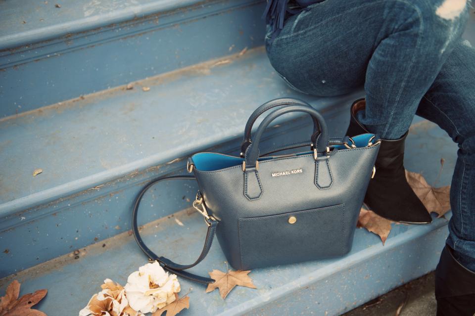 citnb-michael-kors-greenwhich-medium-saffiano-leather-satchel-navy-04