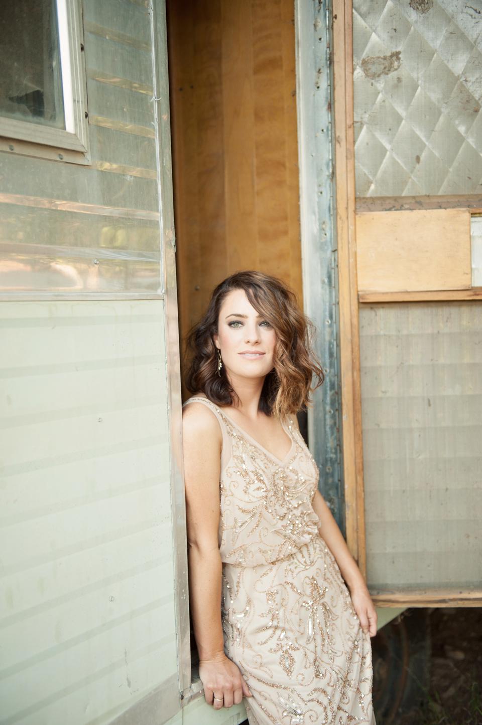 citnb-bhldn-bridesmaid-dresses-nude-04