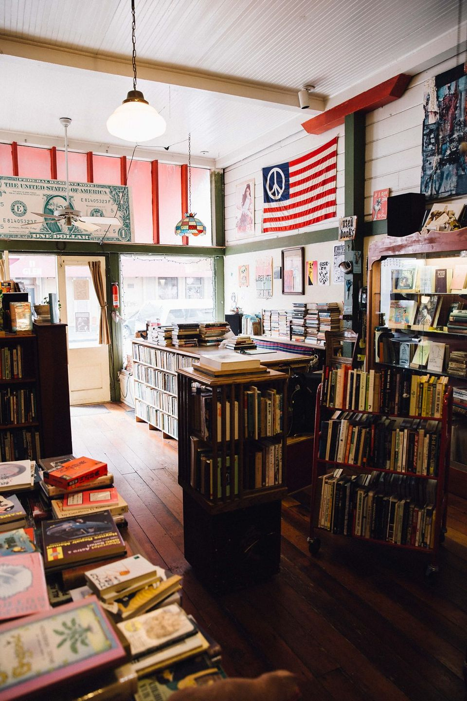 book store on piedmont avenue oakland