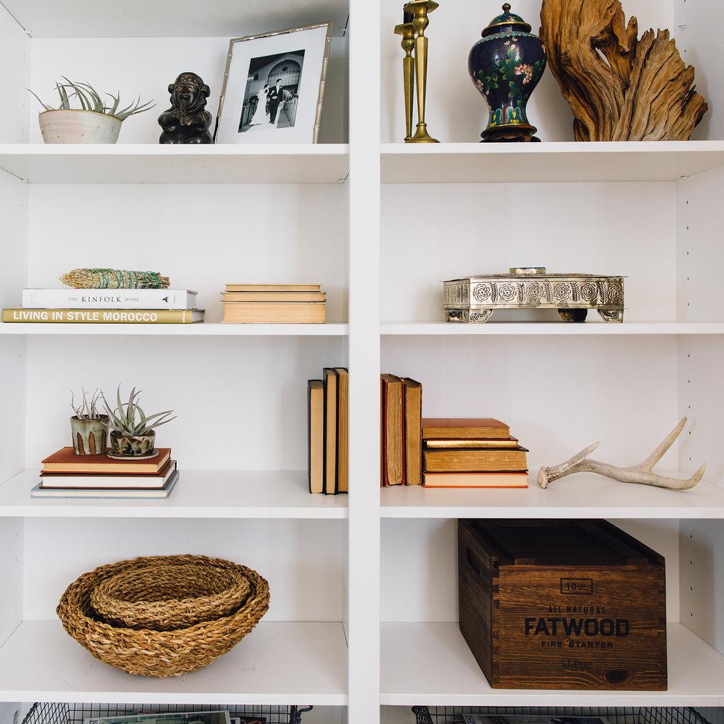 citnb-family-room-shelfies-01