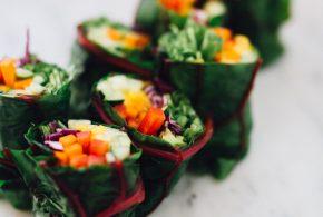 healthy lunch option: lettuce veggie wraps