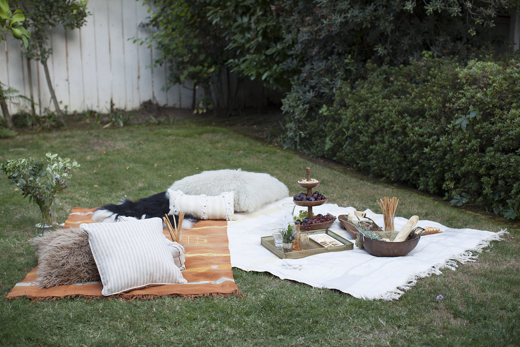 upgrade your backyard picnic