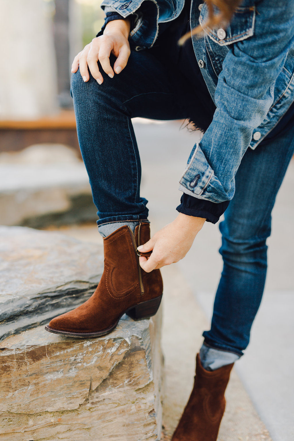 citnb-frye-sasha-short-boots-10