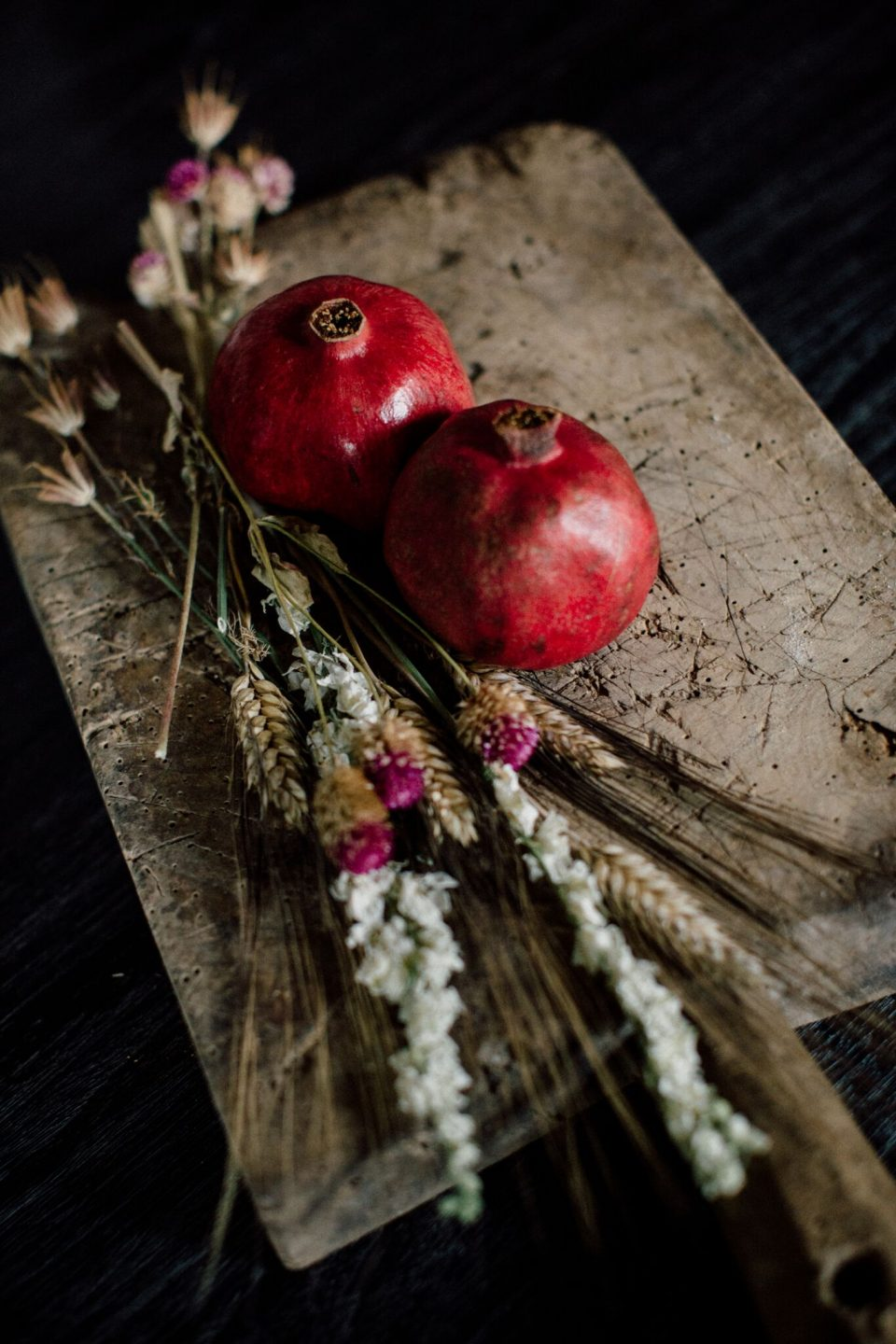 pretty dried fall floral arrangement