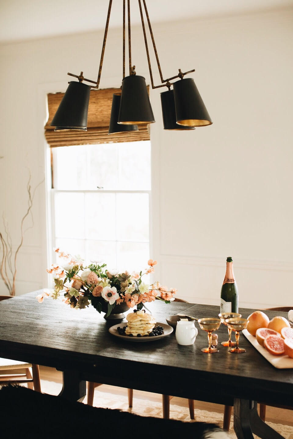 host a simple valentine's day brunch at home!