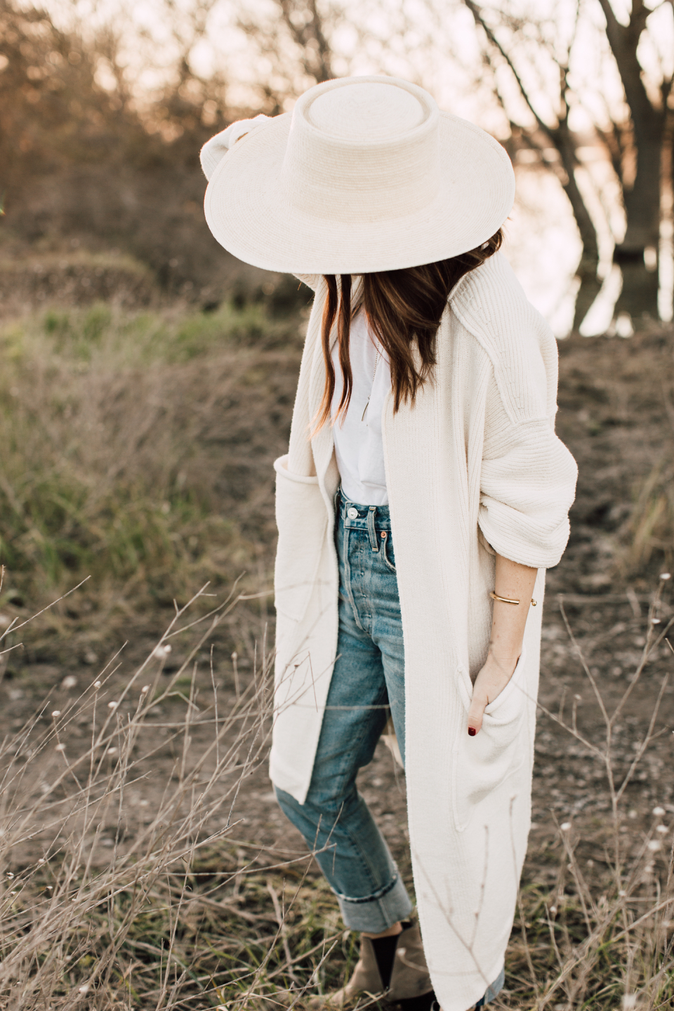 spring vibes and the perfect longer cardigan