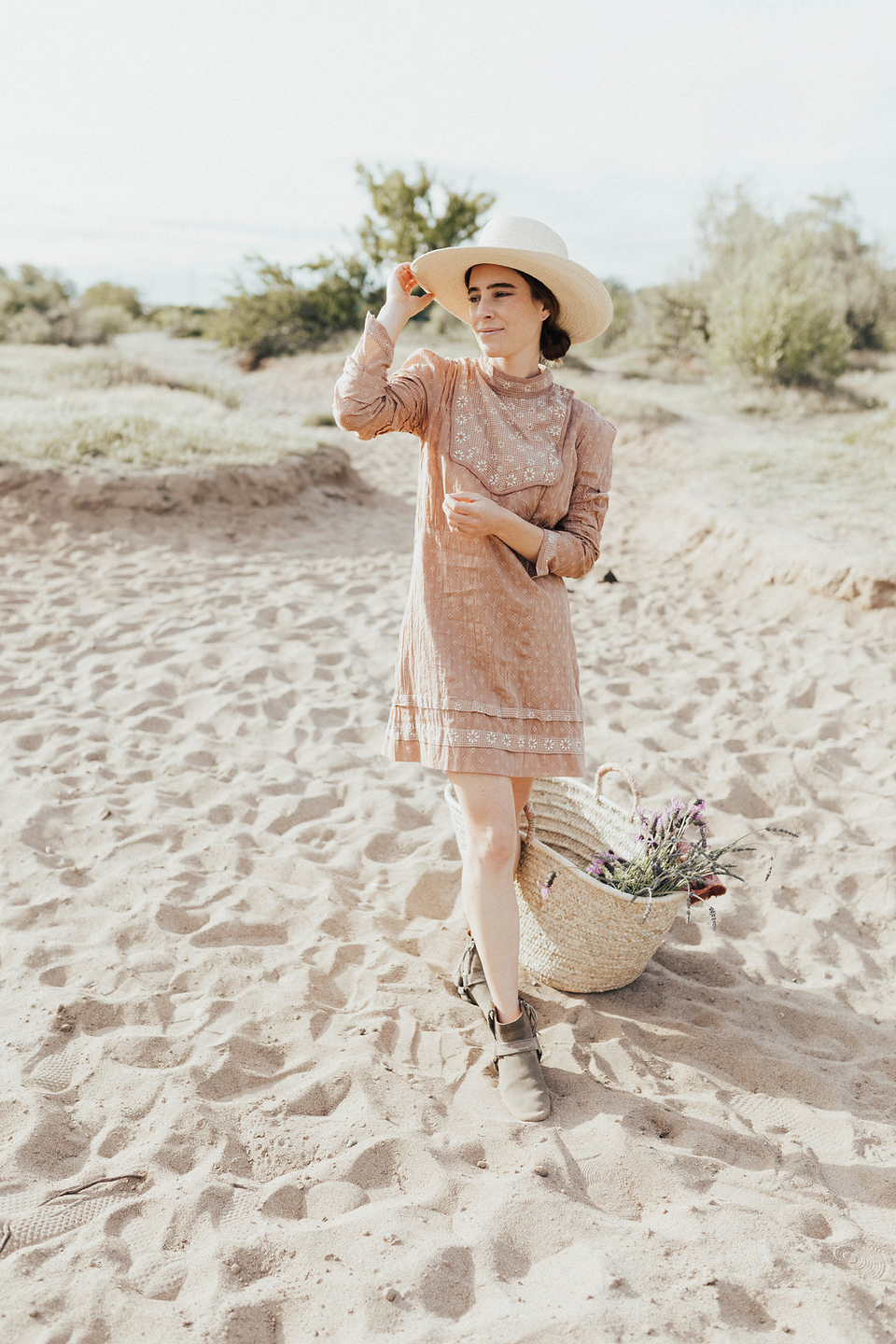 the perfect dress to wear to your next picnic or spring dinner party...