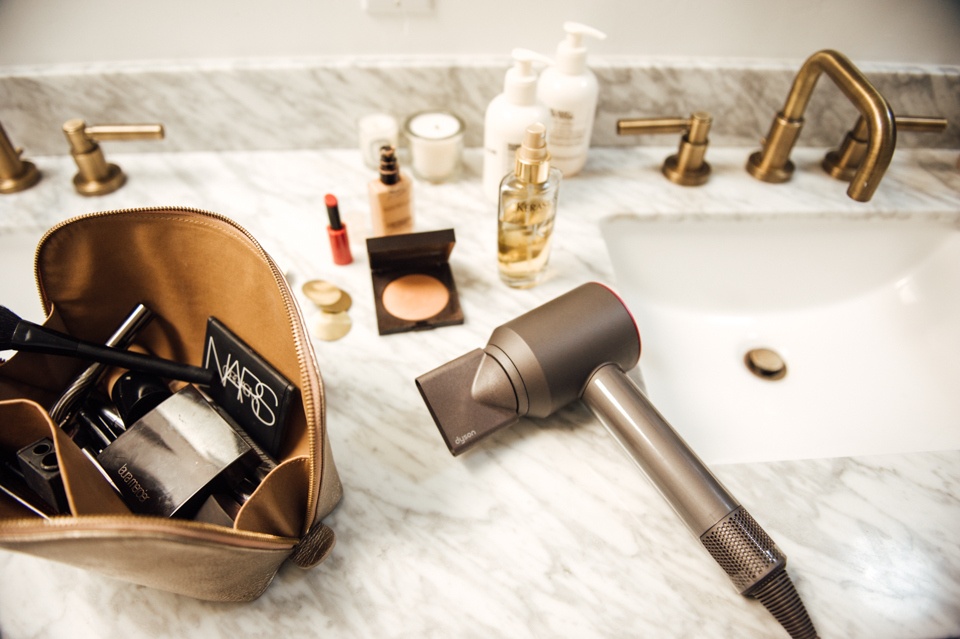 how I'm saving time getting ready in the mornings